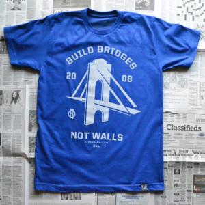 random_objects_build_bridges